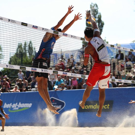 石井/村上組、石島/上場組が出場。世界選手権、ハンブルグで開幕。