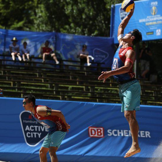 石島/上場組、プール戦2敗目。<br>「FIVB世界選手権」第2日目。