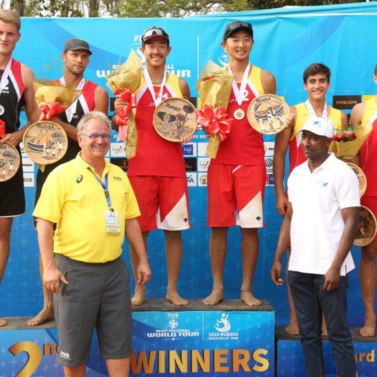庄司/倉坂組、日本チームとして初の金メダルを獲得。<br>「FIVBワールドツアー 1-starルバビュ大会」。
