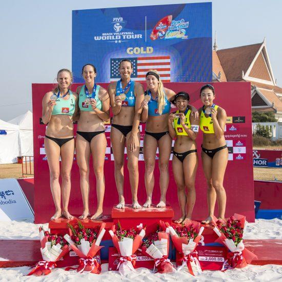 鈴木/坂口組、今季初戦で銅メダルを獲得。<br>「FIVBワールドツアー 2-starシェムリアップ大会」。