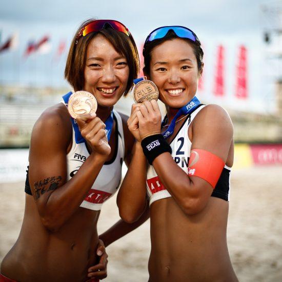 石井/村上組、史上初の銅メダルを獲得。<br>「FIVBワールドツアー東京大会」最終日。